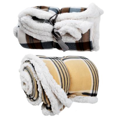Одеяло флисовое в клетку