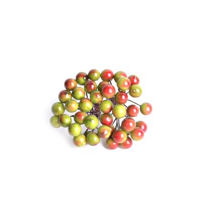 Искусственные ягоды красно-зеленые, пучек