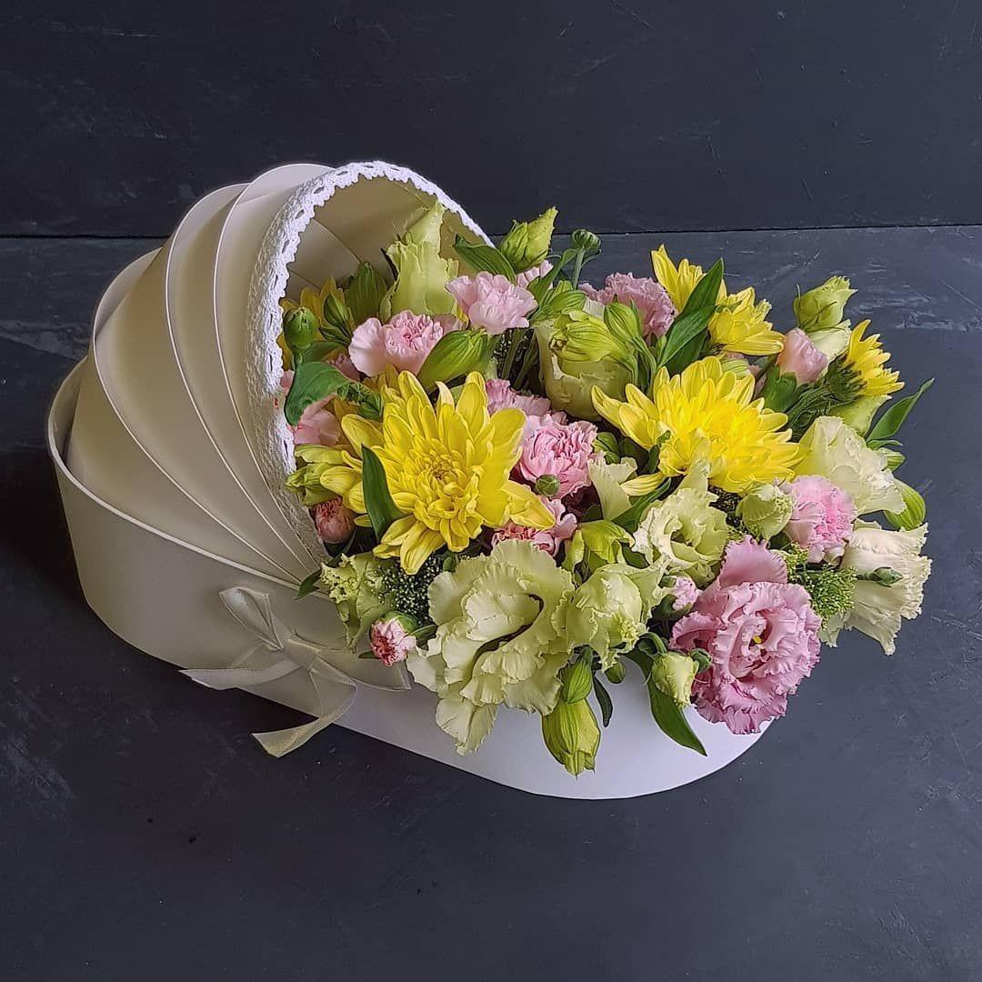 Цветы в подарок для ребенка. За и против