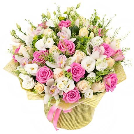 Нежный букет цветов для девушки